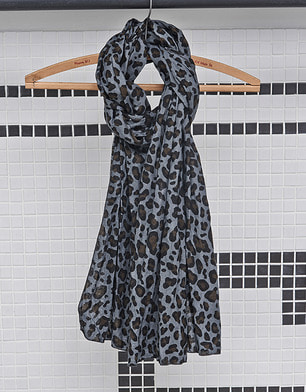 190S-003 [INFORMAL SCARF] with Labor day