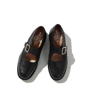 BROGUE SANDAL